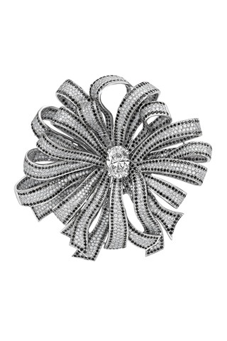 ruban_brooch_chanel_V_29jan10_320x480