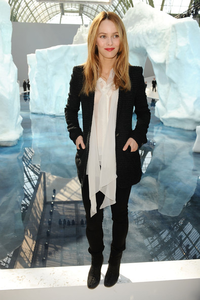 Chanel+PFW+Ready+Wear+Fall+Winter+2011+Photocall+x2w77aFbhkGl