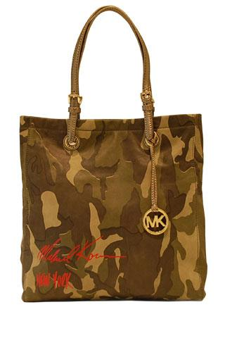 100624-michael-kors-lance-un-sac-en-editio_aspx78897PageMainImageRef