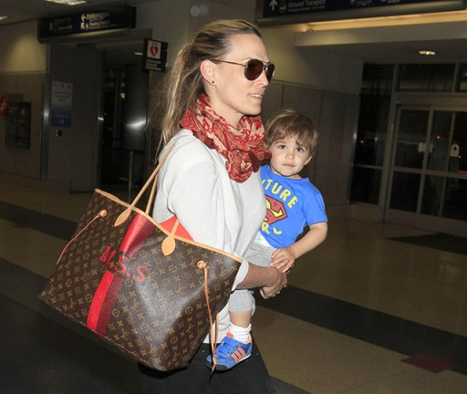 Molly-Sims-Louis-Vuitton-Mon-Monogram-Neverfull-Tote