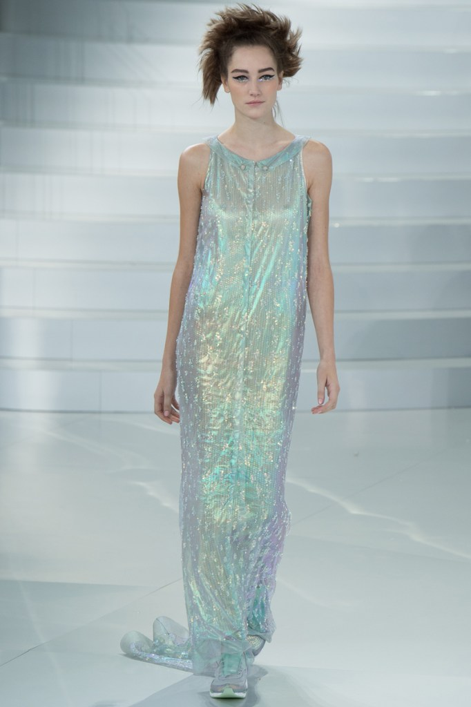 chanel-spring-2014-couture-61_104816969294