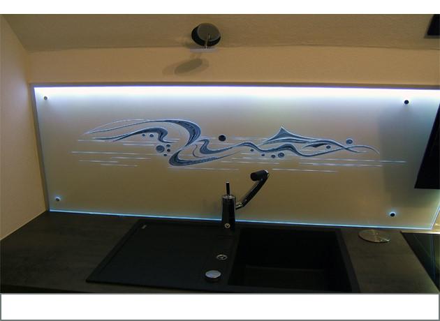 Kchenrckwnde aus Glas mit LEDS Produkte aus Thringen Fiedler Glas Design