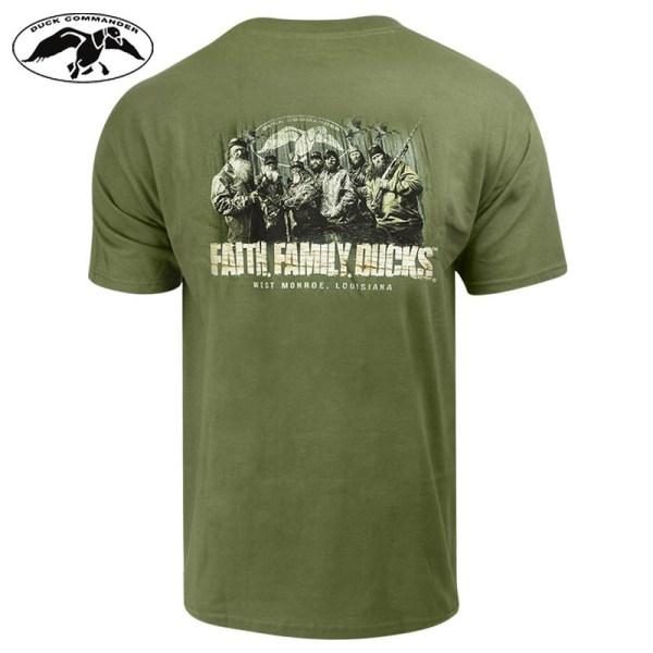 """Duck Commander """"faith Family Ducks"""" T-shirt - Moss Field"""