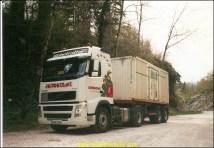 une boite CNC pour les livraisons des garages Peugeot et Citroen.