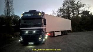 Volvo, Frappa et Carrier