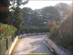 Le chemin d'accès de la step de St Cyr sur mer.