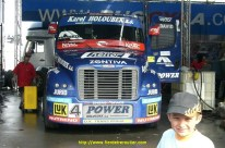 Devant le Bugyra GP camion