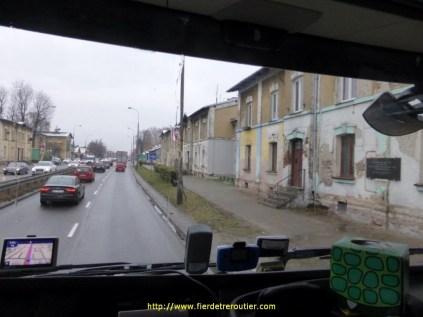 début de la S8 à la sortie de Varsovie