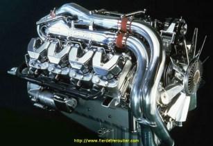 le fameux moteur du King, le v 8 Scania