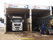 En station de lavage à Rabat