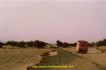 Et enfin, l'autoroute à péage, 2 fois 4 voies qui descendait à l'époque sur Tamanraset.