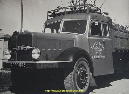 Un Bernard 110cv, carrosserie (Pelpel?)...