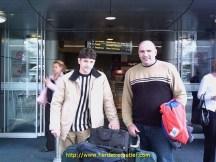 A droite, mon ami Radou, chauffeur Roumain, originaire d'Oradéa, Roumanie, débarquant à Okland, Nouvelle Zélande.
