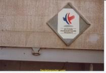 Pancarte pour faciliter le passage aux frontières