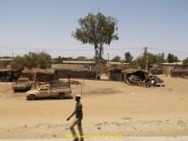 Sur les premiers kilomètres du Sénégal il y a beaucoup de cases
