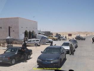 Les tout premiers tours de roue en Mauritanie avec un gite sur la gauche