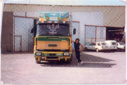 A Barbantane en 1987 avec mon Iveco 190-38