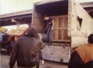 Marseille 1983. Ma remorque est de nouveau sur ses roues après que je l'ai foutu sur le coté.