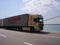 2006-Toujours elle et son XF en GRECE