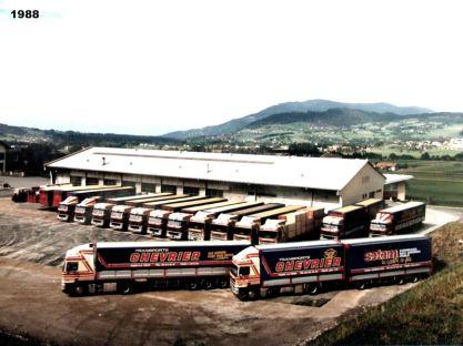 1988 Vue du site de LA TOUR, nouveau parking et derrière nouveau bureau