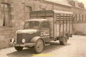 Le premier camion de mon père. Un Hotchkiss.