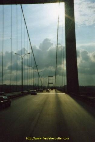 Le Pont du Bosphore, de l'autre côté, c'est l'Asie