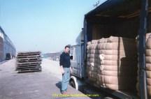 dechargement en douane d'un voyage de laine brute en turquie chargé dans le dept 81