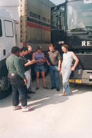 La frontière Grece - Turquie : un regard sur nos photos communes avec des chauffeurs de chez : Rians , Iochum, Colomb-muret