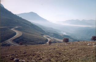 En debarquant à Igoumenista (GR) on prenait la route des cols pour rejoindre Thessalonique en été c'est superbe, mais en hiver je vous laisse deviner !