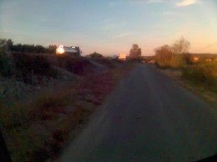 Ensuite je prend un petit chemin qui longe l'autoroute A9