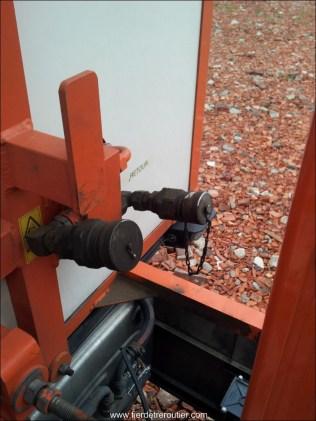 Raccord pour le système hydraulique