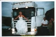 le mariage de ma niéce devant le scania de mon bof et oui lui aussi routier