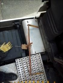 Le voilà l'objet de la sauterelle perdu dans le chargement