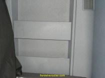 vides-poches dans la couchette côté droit