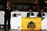 El Licenciado Jorge Espinosa de los Monteros G., Presidente de Bibliófilos Taurinos de México, A.C., y del Círculo Taurino Amigos de la Dinastía Bienvenida (Capítulo de México), hace la presentación de la entrega de premios