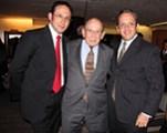 Enrique Hernández Flores con sus hijos Héctor Hernández Vázquez y Enrique Hernández Vázquez
