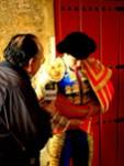 """En la puerta de cuadrillas de la Real Maestranza de Caballería de Sevilla (Andalucía, España), con el Maestro Julián López """"El Juli"""""""
