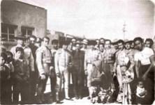 """El puntillero """"El Paquín"""" (sombrero), Miguel Carrazco, Ángel González """"El Arriero"""" (traje), Pepe Cámara, Enrique Hernández """"Rayito"""" y Jesús García """"El Relicario"""", Juan Herros y Martín Herros (niño)"""
