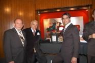 Enrique Hernández Flores, Maestro Raymundo Cobo y Arturo Macías