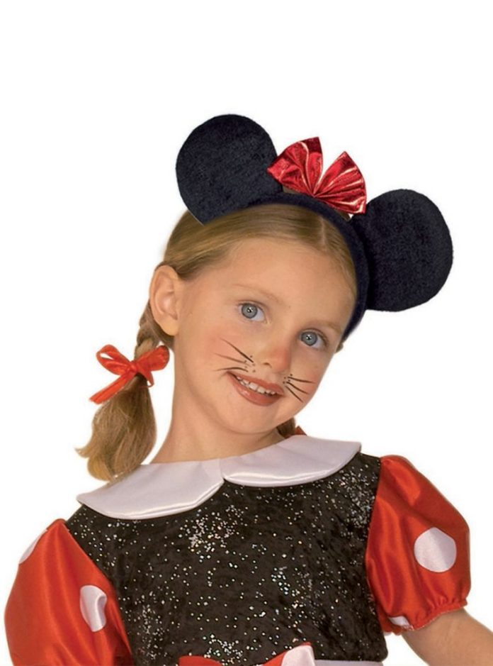 Disfraces de Minnie Mouse con maquillaje