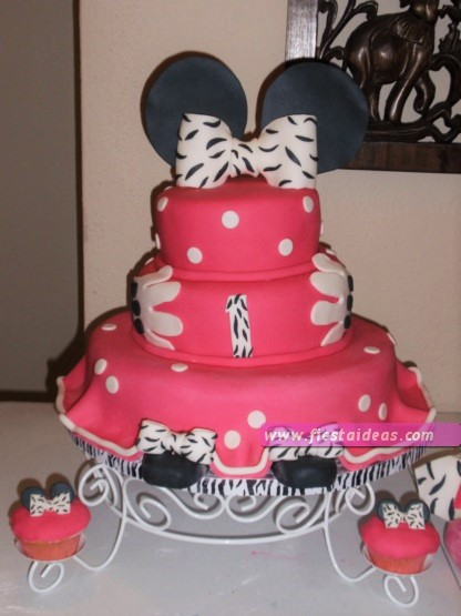 15 Decoraciones de minnie mouse torta de tres pisos