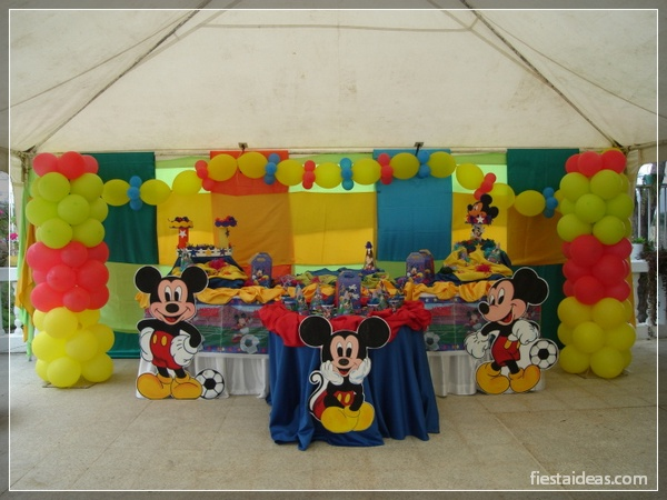 50 ideas de fiesta mickey mouse decoraciones - Ideas decoracion fiesta ...