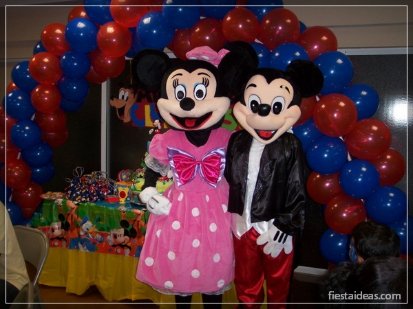 decoracion-fiesta-mickey-mouse-fiestaideasclub_actividades_00004