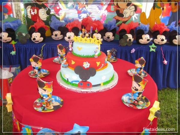 decoracion-fiesta-mickey-mouse-fiestaideasclub_tortas_00035