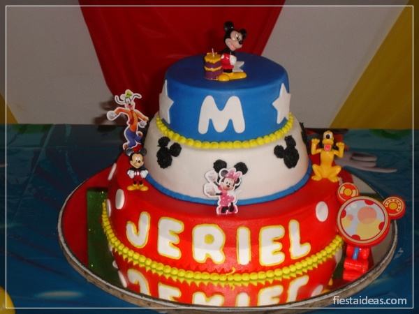 decoracion-fiesta-mickey-mouse-fiestaideasclub_tortas_00047
