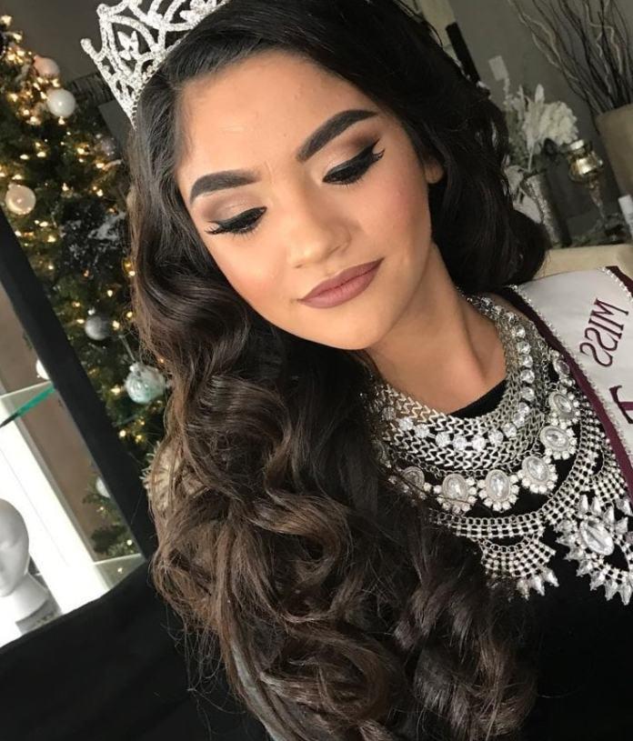 peinado para 15 años cabello suelto con tiara