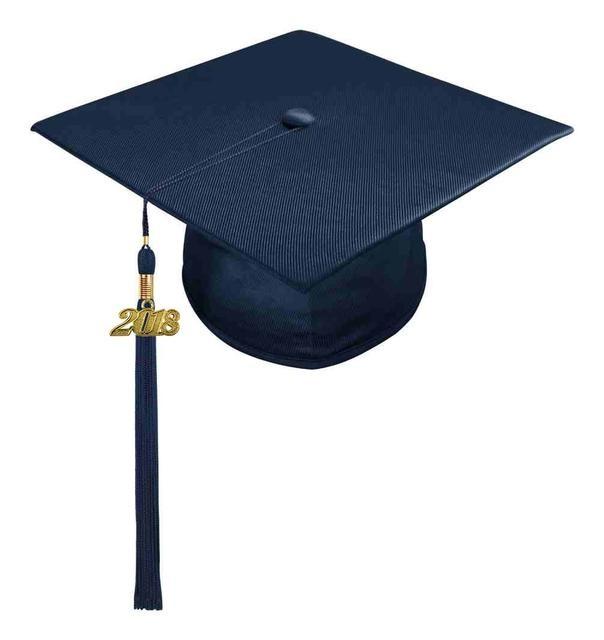 birretes de graduación azul de tela