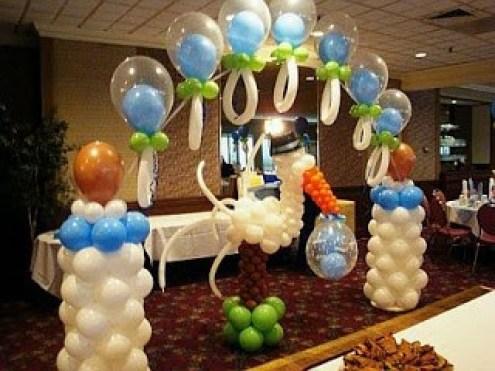 Arreglos de salón para baby shower con globos