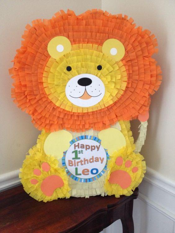 piñata de leon