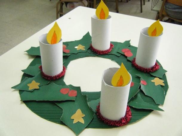 Corona de Adviento Con rollos de papel higienico
